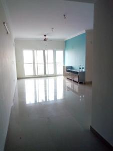 Gallery Cover Image of 1715 Sq.ft 3 BHK Apartment for rent in Kelambakkam for 23000