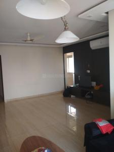 Gallery Cover Image of 1050 Sq.ft 2 BHK Apartment for rent in Prabhadevi for 135000