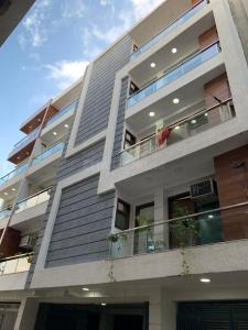 Gallery Cover Image of 1380 Sq.ft 2 BHK Independent Floor for buy in Chhattarpur for 3500000