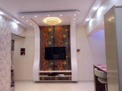 Gallery Cover Image of 950 Sq.ft 2 BHK Apartment for rent in Mantri Park, Goregaon East for 35000
