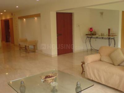 Gallery Cover Image of 1260 Sq.ft 2 BHK Apartment for rent in Juhu for 90000