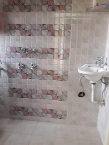Bathroom Image of PG 4035723 Sarita Vihar in Sarita Vihar