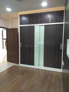 Gallery Cover Image of 1300 Sq.ft 3 BHK Apartment for rent in Kovilambakkam for 25000