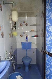 Bathroom Image of PG 7179249 Mulund West in Mulund West