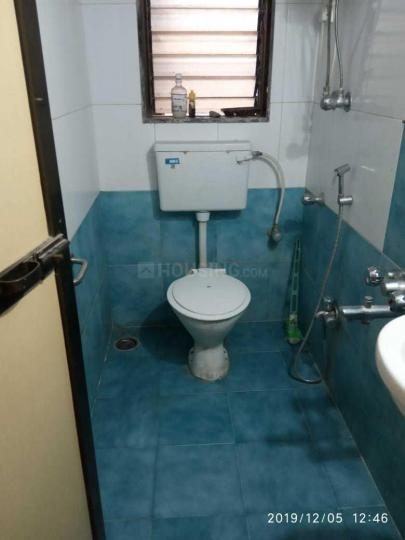 Common Bathroom Image of 550 Sq.ft 1 BHK Apartment for rent in Borivali West for 22000