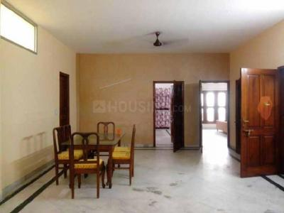 Gallery Cover Image of 1550 Sq.ft 3 BHK Apartment for rent in Sector 54 for 40000