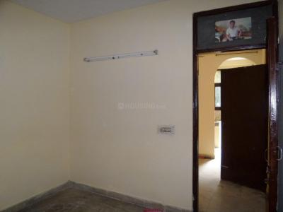 Gallery Cover Image of 750 Sq.ft 1 BHK Apartment for buy in Khirki Extension for 4000000