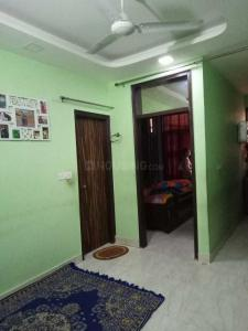 Gallery Cover Image of 600 Sq.ft 2 BHK Independent Floor for rent in Mahavir Enclave for 10000