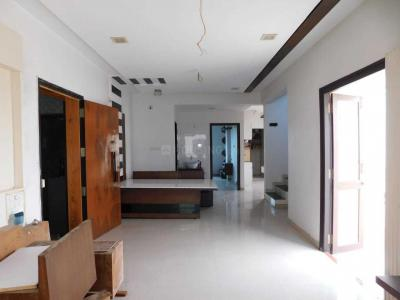 Gallery Cover Image of 2200 Sq.ft 3 BHK Apartment for buy in Saiyed Vasna for 6500000
