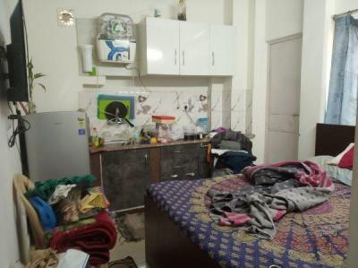 Gallery Cover Image of 600 Sq.ft 1 BHK Independent Floor for rent in East Of Kailash for 18000