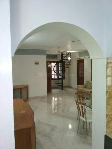 Gallery Cover Image of 8000 Sq.ft 7 BHK Independent House for rent in Cooke Town for 200000
