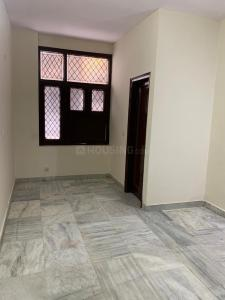 Gallery Cover Image of 1350 Sq.ft 3 BHK Apartment for rent in Lajpat Nagar for 45000