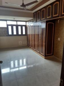 Gallery Cover Image of 1700 Sq.ft 3 BHK Apartment for rent in Khattar Builders Apartment, Sector 7 Dwarka for 28000