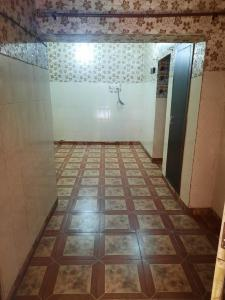 Gallery Cover Image of 1090 Sq.ft 2.5 BHK Apartment for buy in Ajnara Le Garden by Ajnara India Ltd., Phase 2 for 4400000