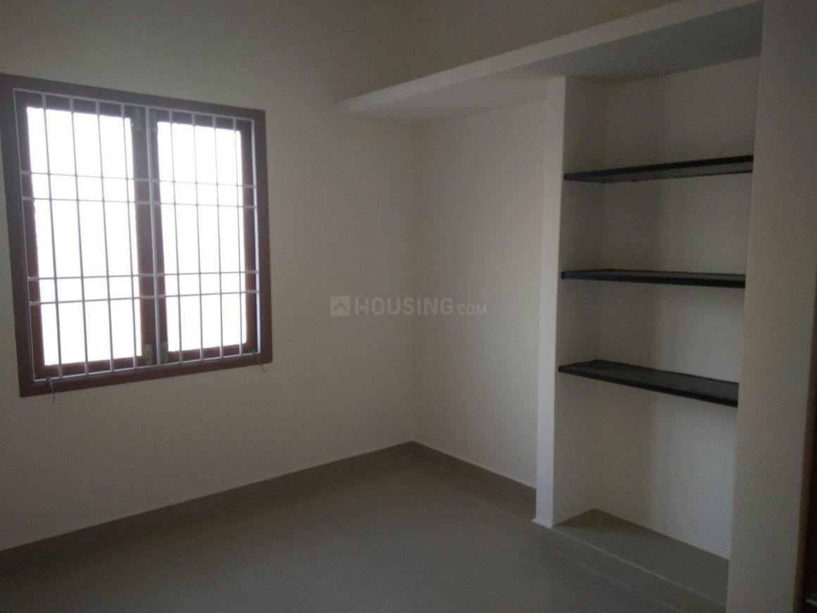 Bedroom Image of 400 Sq.ft 1 RK Apartment for buy in Pammal for 1250000