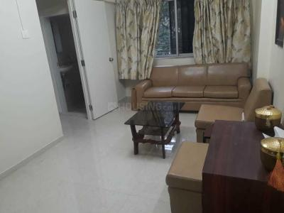 Gallery Cover Image of 625 Sq.ft 1 BHK Apartment for rent in Kandivali West for 25000