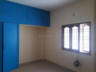Gallery Cover Image of 600 Sq.ft 1 BHK Apartment for rent in Kodambakkam for 13000