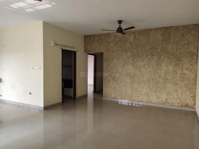 Gallery Cover Image of 2600 Sq.ft 4 BHK Apartment for rent in Tangra for 50000