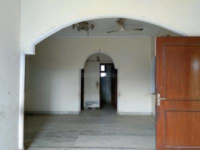 Gallery Cover Image of 1600 Sq.ft 3 BHK Independent Floor for buy in Green Field Colony for 4800000