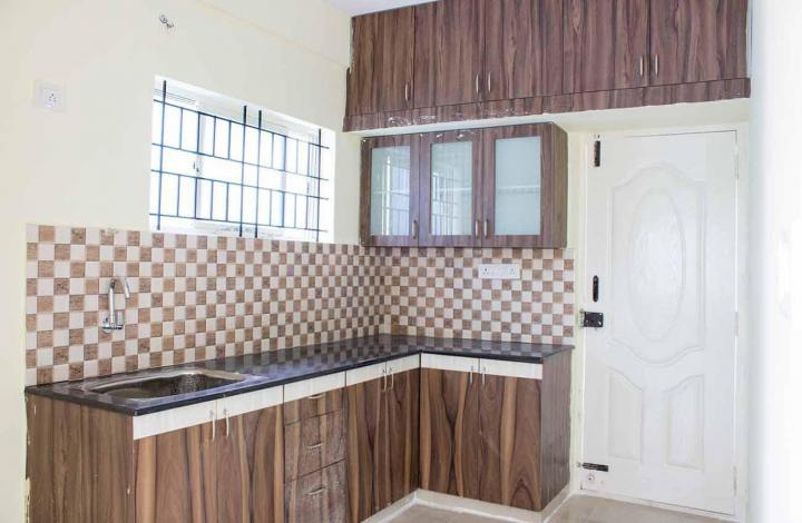 Kitchen Image of 1000 Sq.ft 1 BHK Apartment for rent in Mahadevapura for 12700