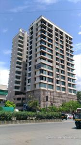 Gallery Cover Image of 1104 Sq.ft 3 BHK Apartment for buy in Chandak Ideal Chsl, Juhu for 52100000
