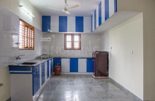 बीटीएम लेआउट में 3आरडी फ्लोर राजाराव नेस्ट के किचन की तस्वीर