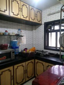 Gallery Cover Image of 1400 Sq.ft 4 RK Apartment for rent in Santacruz East for 79000