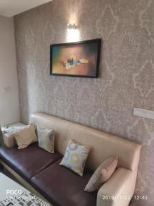 Gallery Cover Image of 1290 Sq.ft 3 BHK Apartment for buy in Mahendra Aarna, Electronic City for 7500000