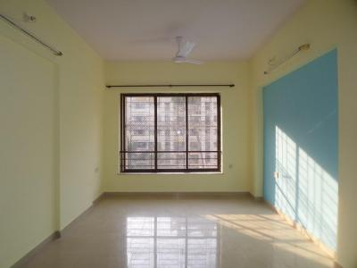 Gallery Cover Image of 575 Sq.ft 1 BHK Apartment for rent in Kandivali East for 19500