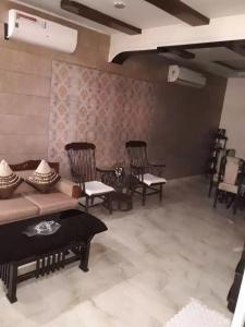 Gallery Cover Image of 1150 Sq.ft 2 BHK Villa for rent in Sector 19 for 24000