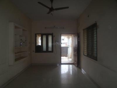 Gallery Cover Image of 1060 Sq.ft 2 BHK Independent House for rent in Ramapuram for 15000