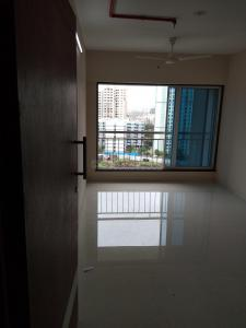 Gallery Cover Image of 670 Sq.ft 1 BHK Apartment for rent in Malad West for 25000