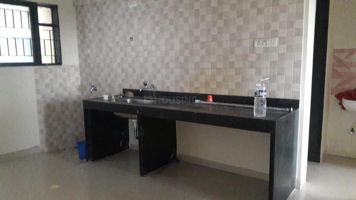 Kitchen Image of 650 Sq.ft 1 BHK Apartment for rent in Hadapsar for 17500