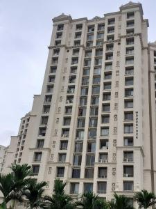 Gallery Cover Image of 1040 Sq.ft 2 BHK Apartment for rent in Hiranandani Estate for 30000