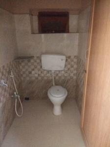 Gallery Cover Image of 800 Sq.ft 2 BHK Independent Floor for rent in Baishnabghata Patuli Township for 10000