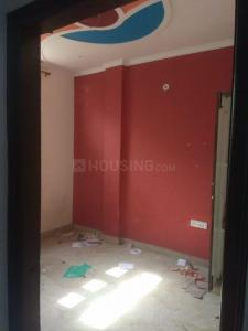 Gallery Cover Image of 450 Sq.ft 1 BHK Independent Floor for rent in RWA Yamuna Vihar Block C4, Shahdara for 7000