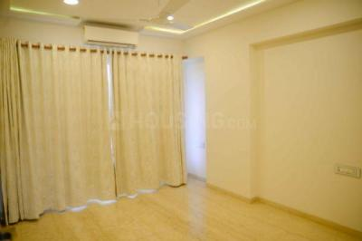 Gallery Cover Image of 1650 Sq.ft 3 BHK Apartment for buy in Govandi for 32500000