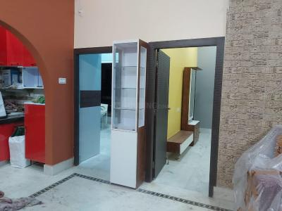 Gallery Cover Image of 1150 Sq.ft 3 BHK Apartment for buy in Kalpataru Apartment, Lake Town for 7500000