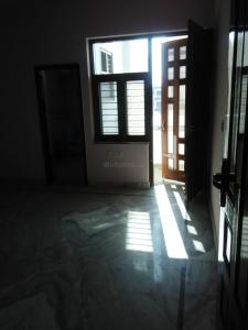 Gallery Cover Image of 1050 Sq.ft 3 BHK Independent House for rent in Sector 40 for 25000