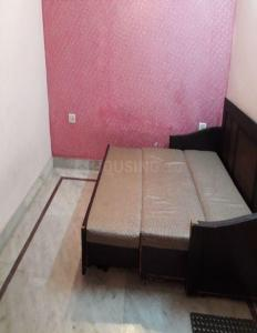 Gallery Cover Image of 650 Sq.ft 2 BHK Independent Floor for rent in Govindpuri for 12000
