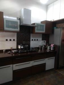 Gallery Cover Image of 2000 Sq.ft 3 BHK Apartment for rent in Sola Village for 26500