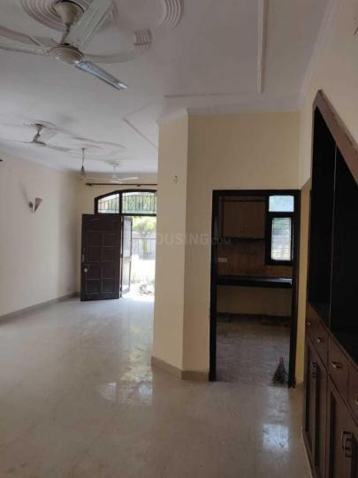 Living Room Image of 950 Sq.ft 1 BHK Apartment for rent in Omicron I Greater Noida for 8000