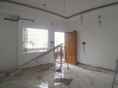 Gallery Cover Image of 1000 Sq.ft 3 BHK Apartment for rent in Singasandra for 20000