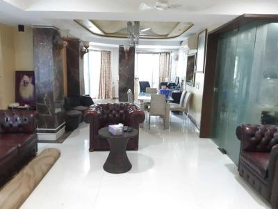 Gallery Cover Image of 1800 Sq.ft 2 BHK Apartment for rent in Bandra West for 175000