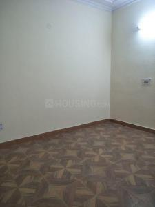 Gallery Cover Image of 900 Sq.ft 2 BHK Apartment for rent in Arun Vihar, Sector 37 for 17000