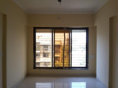 Gallery Cover Image of 750 Sq.ft 1 BHK Apartment for rent in Malad East for 22000