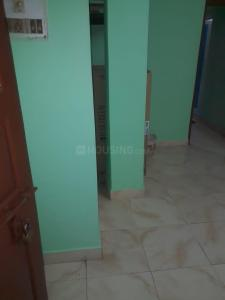 Gallery Cover Image of 450 Sq.ft 1 BHK Apartment for rent in Jadavpur for 15000