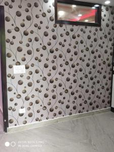 Gallery Cover Image of 550 Sq.ft 2 BHK Independent Floor for buy in Uttam Nagar for 2600000