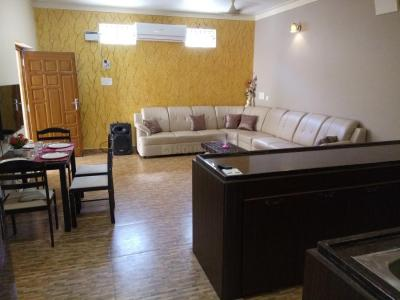 Gallery Cover Image of 1000 Sq.ft 3 BHK Independent Floor for rent in Periyamet for 20000