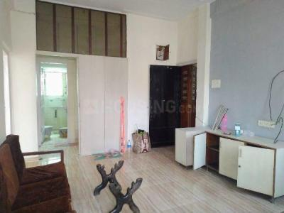 Gallery Cover Image of 750 Sq.ft 2 BHK Apartment for rent in Ganesh Bhawan, Mahim for 50000